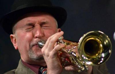 Лидерът на формацията е сред най-изтъкнатите български джазови и класически тромпетисти  Снимка Sevdiboy