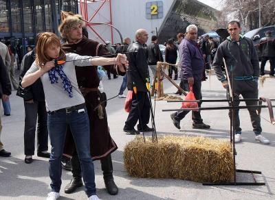 """Посетителите на """"Природа, Лов, Риболов 2014"""" ще имат възможност да се снимат с прабългарски оръжия и облекла в специалния кът, подготвен от Школата  за оцеляване """"Багатур"""". Изложението ще се проведе от 19 до 23 март в Международен панаир Пловдив."""