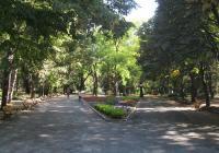Обновяването на градската градина в Попово е по проект на обща стойност 9 милиона лева. Снимка bg.wikipedia.org