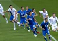Защитниците и на двата тима играха много силно и успяха да опазят вратите си сухи в редовното време.