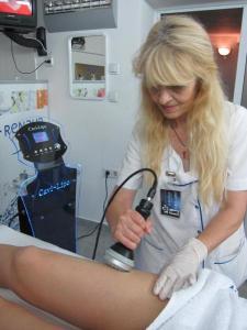 Резултатите от кавитацията са видими буквално след минути, уверява козметичката Добринка Матева.