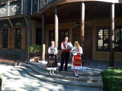 Визитата на младите музиканти е във връзка с подготовката на споразумение за сътрудничество между област Пловдив и провинция Хайнан  Снимка: Областна управа - Пловдив