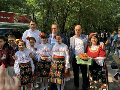 Всяка година събитието добива по-голяма популярност и събира все повече участници и гости.  Снимка: Община Пловдив