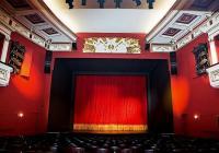 """Премиерата е на 5 март от 18:30 часа в Голямата зала на Драматичен театър - Пловдив.  <p>Снимка: <a href=""""https://dtp.bg/"""" target=""""_blank"""">dtp.bg</a></p>"""