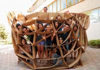 """Студентите от ВСУ """"Черноризец Храбър"""" със своето произведение."""