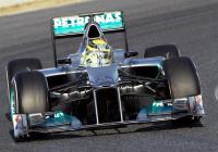 Новият Мерцедес F1 W03 е добра база за развитие през сезон 2012 г.  снимка: Мирко Щанге